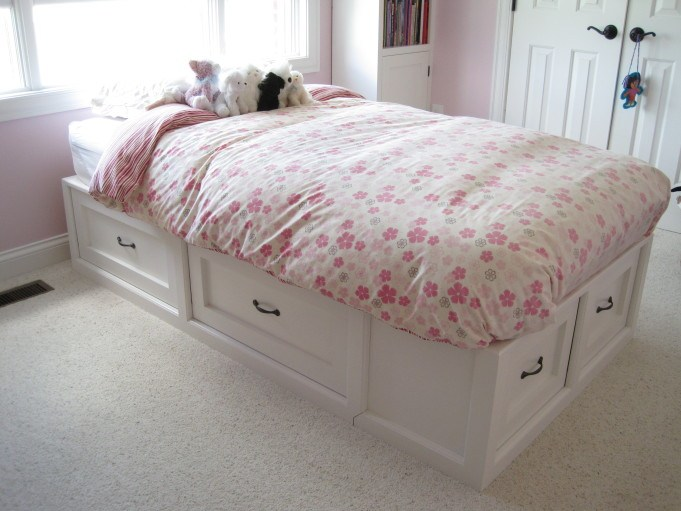 PRETTY IN PINK {POTTERY BARN KNOCK OFF BED} THE REVEAL!!
