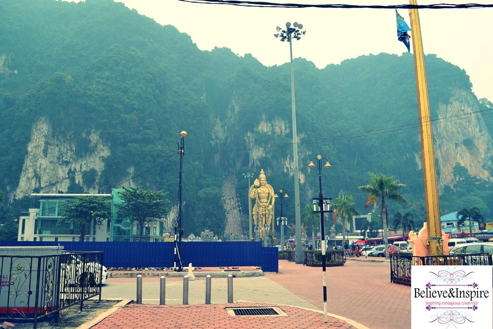 touring malaysia - batu caves