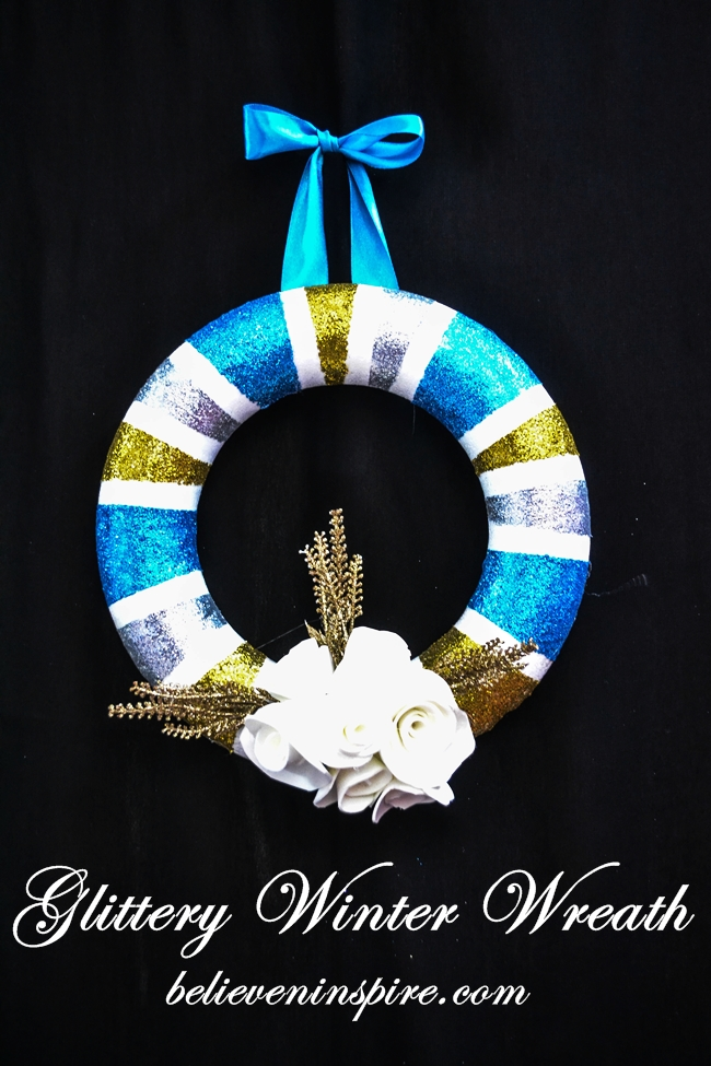 How to - Make a Glittery Winter Wreath