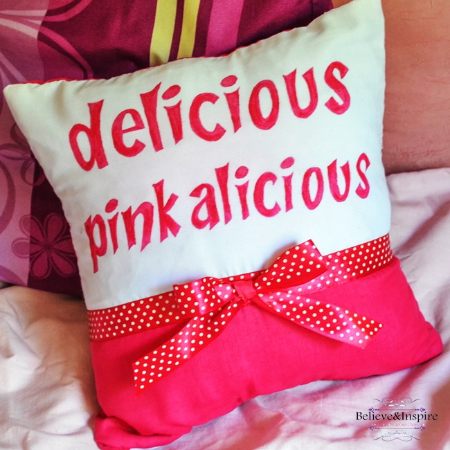 Pinkalicious Pillow Tutorial (Pillow Covers DIY)
