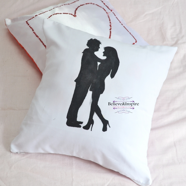 Couple Silhouette Pillow DIY with Pattern (Homemade Gift Ideas)