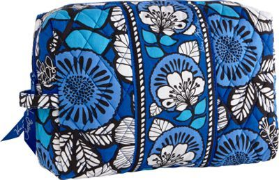feed49b9f8f3 Vera Bradley Inspired Quilted Cosmetic Bags Tutorial