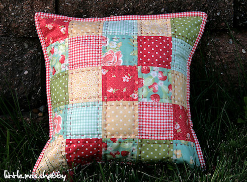How to Top stitch (Sewing Tips for Beginners)