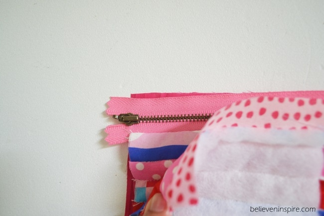 Quilted mini pouch sewing tutorial on Sew Some Stuff11