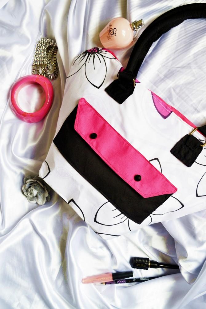 The Shopaholic Bag (FREE Bag Pattern)