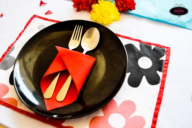 Applique Placemat Tutorial (Table Linens) on believeninspire.com
