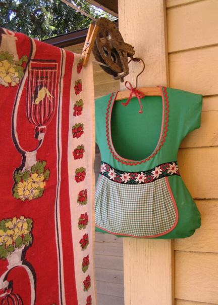 Dress Shape Clothespin Bag - ADORABLE!