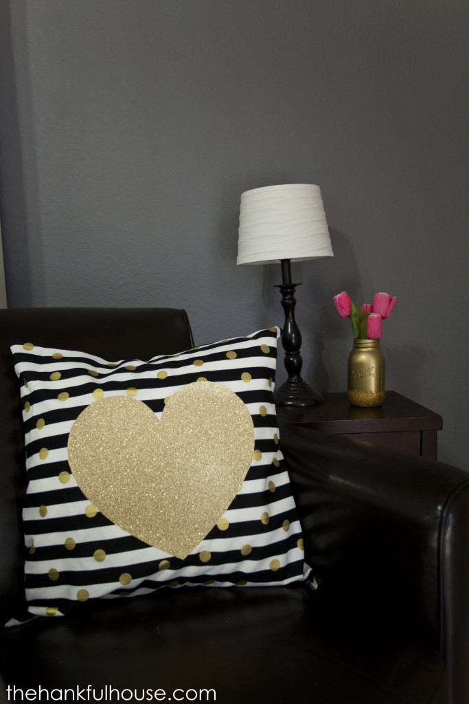 Polka-dot-pillow-035-683x1024