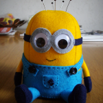 Minion Plushi Pattern and Tutorial