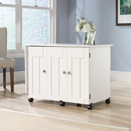 Sewing cabinet - small space sewing solutions on sewsomestuff.com. READ POST to find out more.
