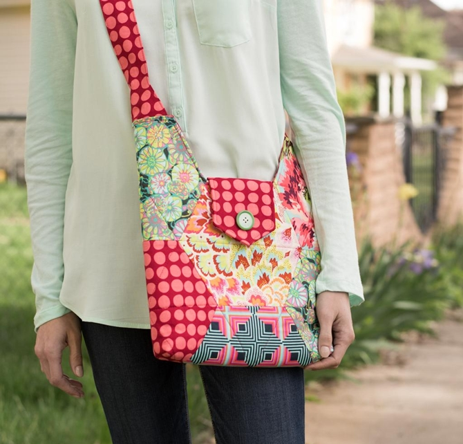 Betz White Hexie Hipster Bag Pattern Kit Floral