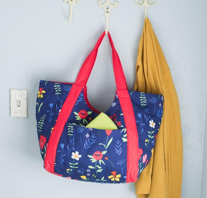 Noodlehead Poolside Tote Pattern Kit Navy Floral