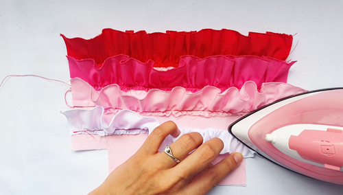 Ombre ruffle pouch sewing tutorial 191