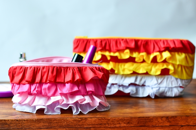 Ombre ruffled zipper pouch tutorial41