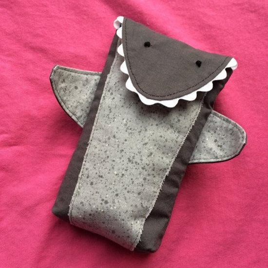 Pouches to sew, pouches to sew, pouches sew, pouch sewing patterns, easy sew zippered pouches,