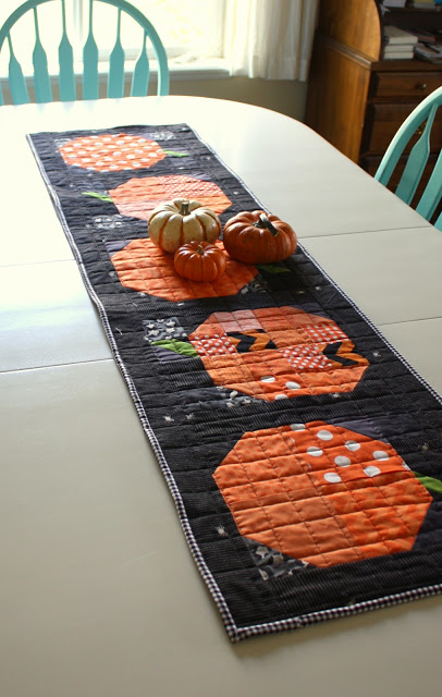 patchwork-autumn-table-runner-tutorial