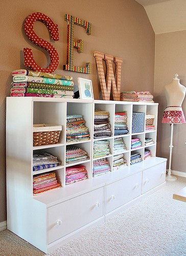 19 amazing fabric storage ideas for sewing rooms sew some stuff